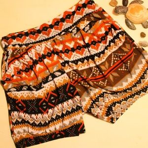 Pants - Silky Patterned Shorts